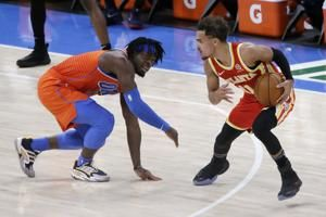 Shades of red: Thunder beat Hawks after uniform mix-up
