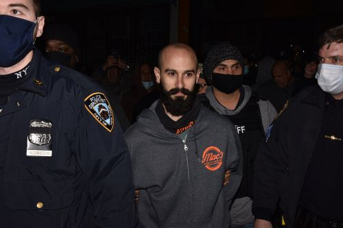 Staten Island bar owner released after arrest for COVID-19 violations