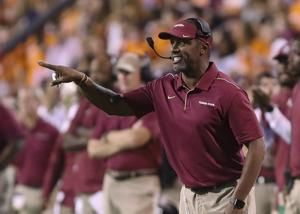 No. 25 Virginia barely hangs on, beats Seminoles 31-24