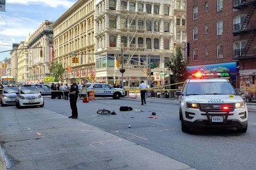 Cyclist killed by tractor-trailer in Manhattan hit-and-run