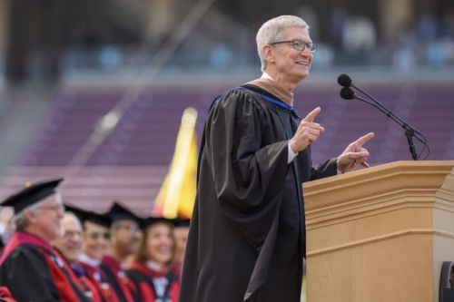 Apple's Tim Cook calls on Stanford graduates to be builders and to take responsibility