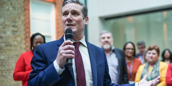 Keir Starmer wins the Labour leadership contest and vows to unite the party