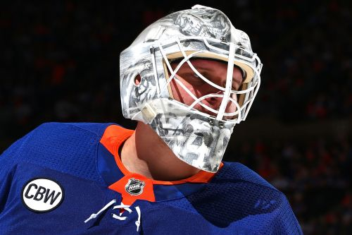 Robin Lehner confronted mental illness and is now an elite goalie