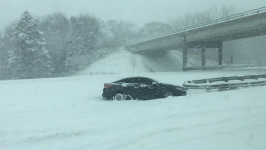 State troopers respond to hundreds of stranded motorists on I-80