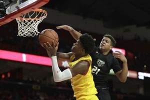 No. 7 Maryland routs Oakland 80-50