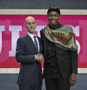 Bulls go big in draft, take Carter Jr. with No. 7 pick