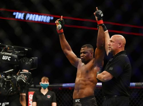 Daniel Cormier down to fight Francis Ngannou if Stipe Miocic is stripped of title