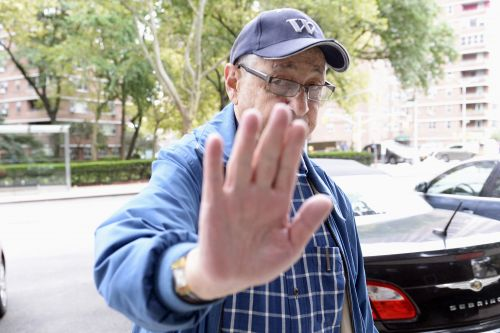 Sheldon Silver gets to stay out of jail for a bit longer