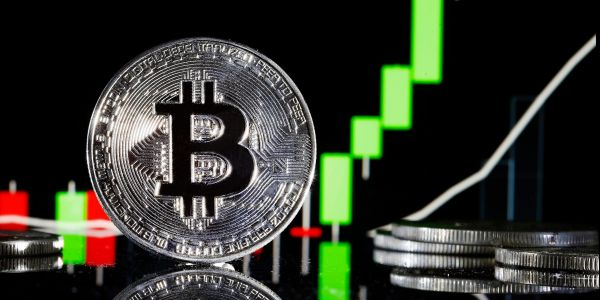 MicroStrategy CEO Michael Saylor says he'll consider stock or debt financing in order to buy more bitcoin