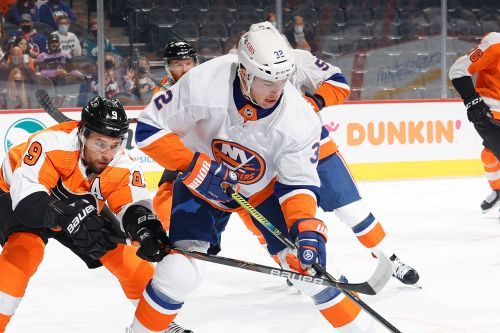 Islanders sign Ross Johnston to four-year extension
