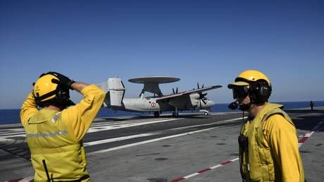 Oops! Turboprop plane hits 4 Hornet jets amid bumpy landing on USS Abraham Lincoln