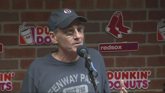 James Taylor to sing national anthem at Game 1 of World Series