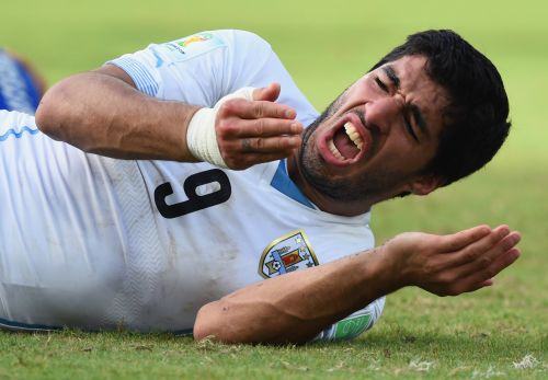 Suarez bites back after Chiellini nightmare