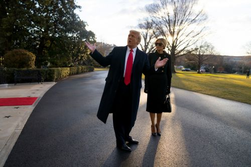 Trump leaves parting Oval Office letter for Biden