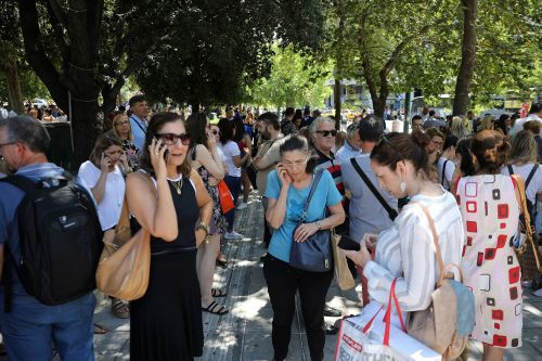 Earthquake rocks Athens, sending city's residents rushing into streets