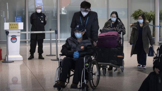 China to suspend entry of foreigners with visas, residence permits due to coronavirus