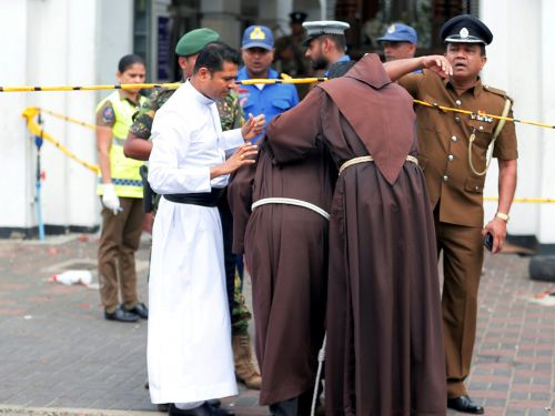 World leaders including Pope Francis, Donald Trump, and Barack Obama offered their support after Easter Sunday bombings in Sri Lanka claimed hundreds of lives