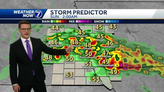 Strong storms possible tonight, staying wet Sunday