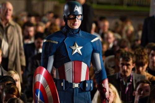 Chris Evans ran 'Captain America' lines to get back into his London hotel