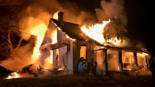 1 killed, 1 injured in Gallatin County house fire
