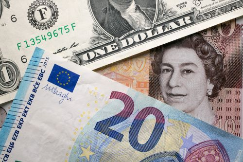 Europe's Dream: Escaping the Dictatorship of the Dollar