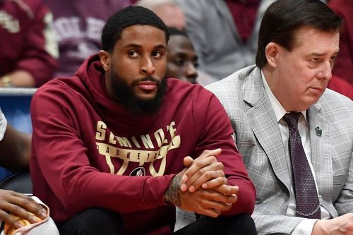 Florida State rallies around Phil Cofer after his father's death