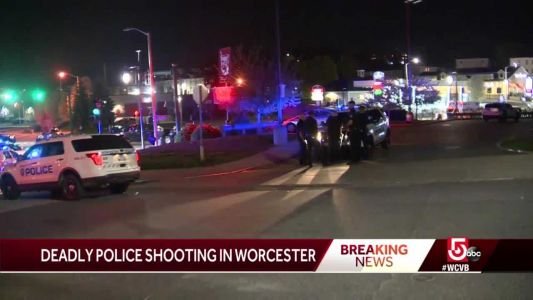 Man dead after standoff with police in Worcester
