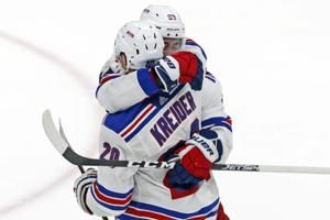 Ranger F Kreider suffers broken foot against Flyers