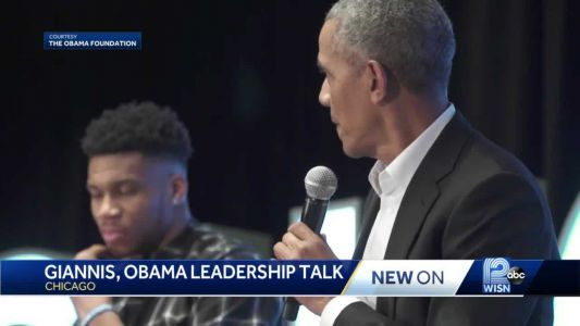 Giannis, Obama talk about leadership in Chicago