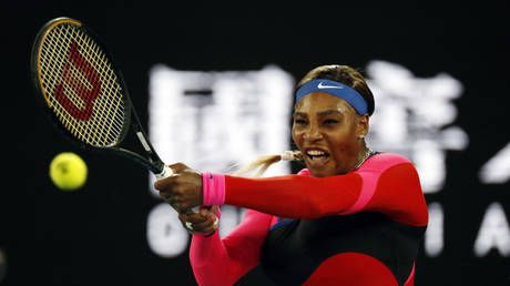 Serena Williams dismantles Simona Halep on the hunt for her 24th tennis Grand Slam to reach Australian Open semifinal in style