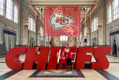 Union Station adds new photo op with massive Chiefs letters