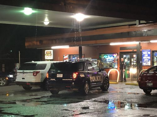 Clerk killed inside Upstate convenience store, witnesses say