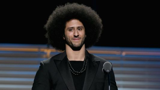Colin Kaepernick's attorney predicts Patriots or Panthers will sign QB