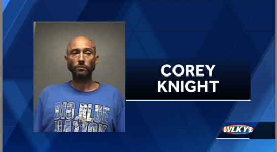 Louisville man arrested after allegedly robbing elderly woman in Popeyes parking lot