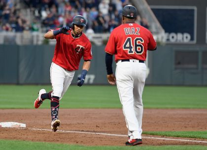Rosario, Homer-Happy Twins Romp Past White Sox 11-4