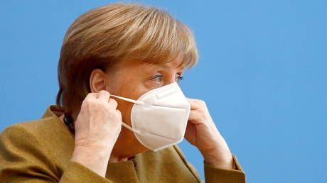 Merkel threatens to close Germany's borders unless Europe finds common ground in Covid-19 fight