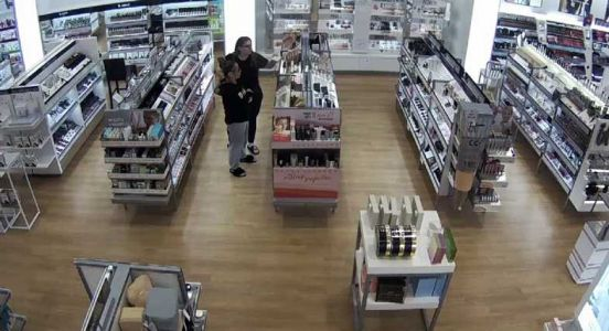 Beauty store bandits steal $900 worth of cosmetics