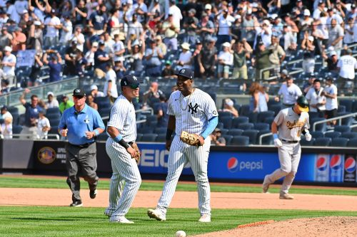 Yankees escape with win over A's on game-ending triple play