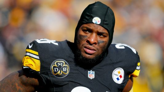 Le'Veon Bell not reporting to Steelers this week, report says