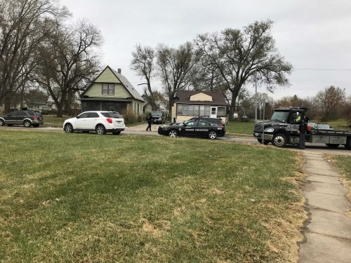 1 suspect in custody after running into school, NSP searching for 2nd suspect