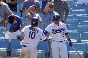 Turner homers, Dodgers beat Nats 1-0 on champs' ring day