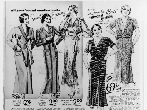 13 vintage photos of shopping catalogs, the early version of online shopping