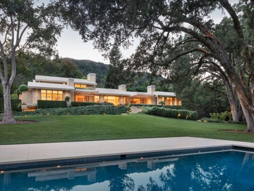 An $85 million mansion in one of America's most expensive ZIP codes is poised to shatter the area's real-estate record - take a look inside