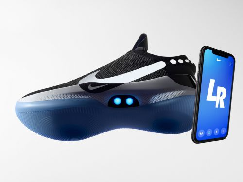 Users are reporting that Nike's new $350 self-lacing smart sneakers are breaking after they're updated
