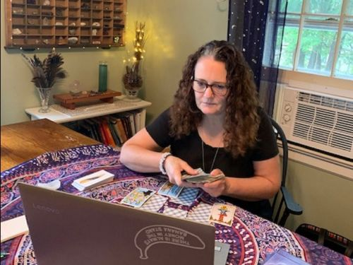 Job diary: I've been a professional tarot card reader for over 20 years - here's what my days are like