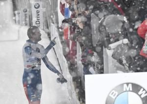 Tretiakov wins World Cup race, takes over points lead