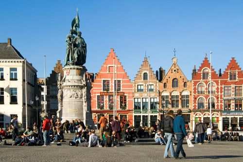 Bruges to limit tourists due to fears of being like 'Disneyland'