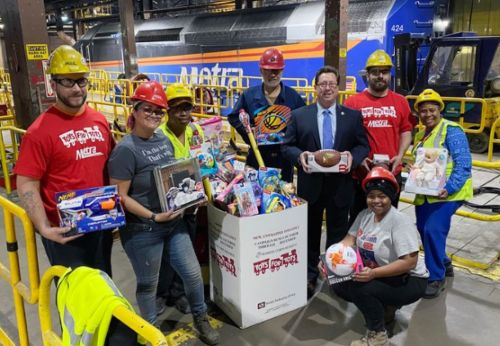 Metra to hold virtual Toys for Tots drive in 2020