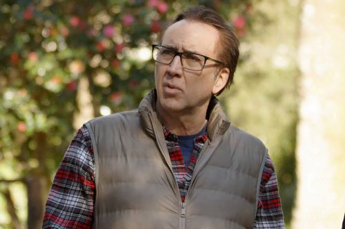 Nicolas Cage goes full bonkers in 'Color Out of Space'