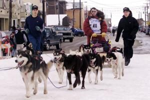 3rd Iditarod champion, nicknamed 'Yukon Fox,' dies at 79